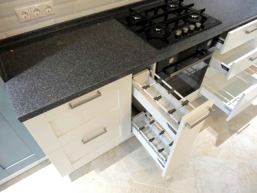 Белый кухонный гарнитур-Кухня МДФ в ПВХ «Модель 145»-фото3