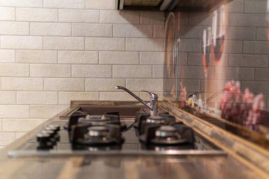 Бежевые кухни-Кухня из пластика «Модель 2»-фото8