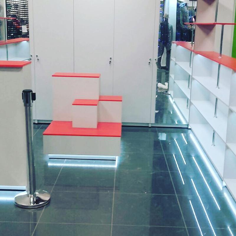 Магазин косметики-Мебель для магазина «Модель 176»-фото3