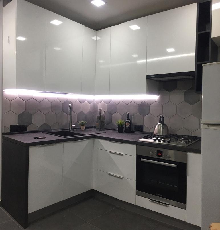 Белый кухонный гарнитур-Кухня из пластика «Модель 449»-фото1
