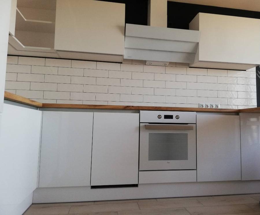 Белый кухонный гарнитур-Кухня МДФ в эмали «Модель 380»-фото3