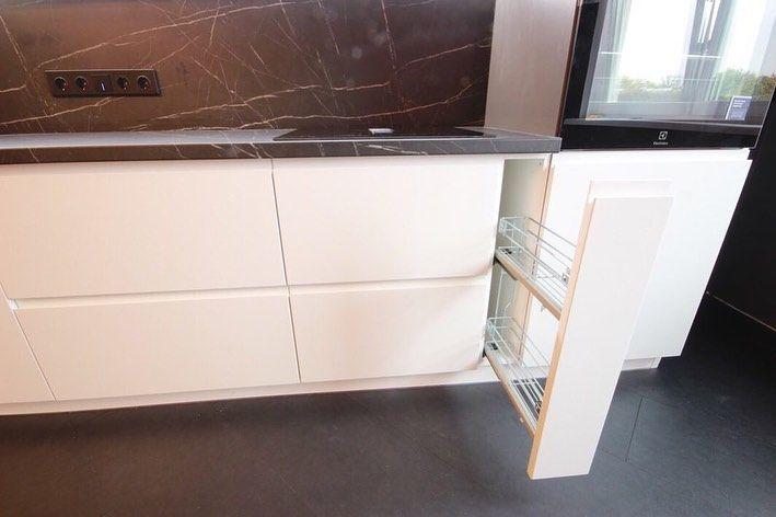 Белый кухонный гарнитур-Кухня МДФ в эмали «Модель 658»-фото5